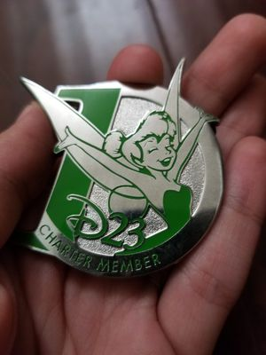 DISNEY 2010 D23 CHARTER MEMBER TINKER BELL PETER PAN EXCLUSIVE PIN for Sale in Los Angeles, CA