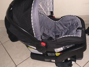 Graco car seat for Sale in Naples, FL