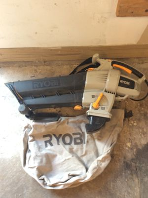 Ryobi RY42110 leaf blower and vacuum.variable speed for Sale in Chicago, IL