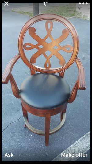 One bar stool best offer for Sale in Lithonia, GA