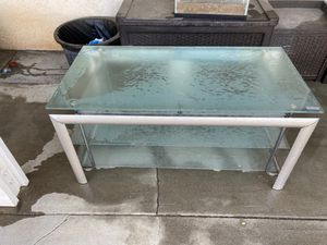 Maxim TV stand glass for Sale in Bakersfield, CA