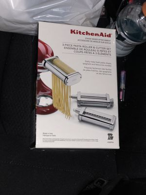 3 piece pasta roller and cutter!!!!! Add on to Kitchen Aid mixer! for Sale in Lewisville, TX