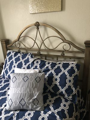 HEADBOARD AND NIGHTSTAND for Sale in Scranton, PA