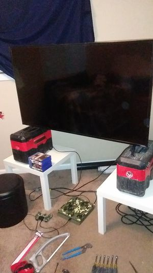 """55"""" flat screen + ps4 for Sale in Portland, OR"""