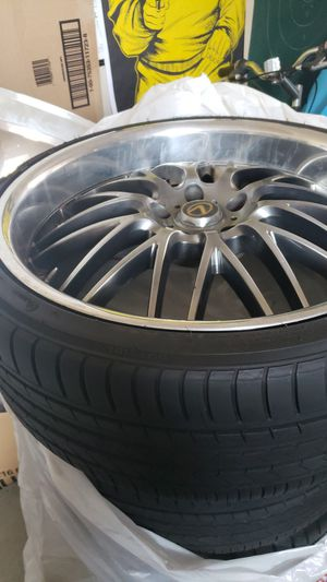 "20"" Rims Deep dish 8's on the front and tens on the back , off set for Sale in Tracy, CA"