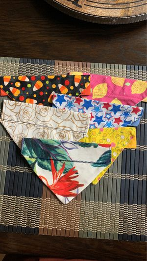 DOG COLLAR BANDANA XS , 6 total for Sale in New Port Richey, FL