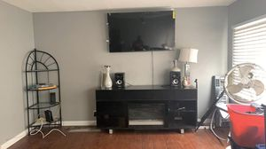 Fire place entertainment stands and speaker for Sale in Hemet, CA
