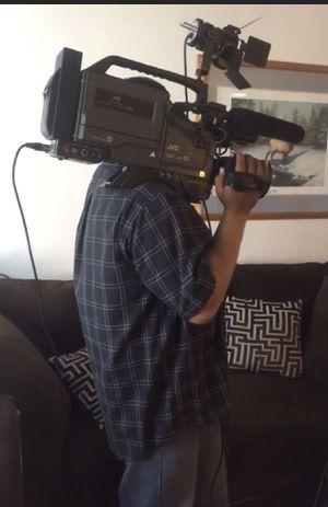 JVC 3-CCD KY-19 video cassette camera w/gear for Sale in Covina, CA