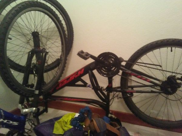 26 inch full suspension. Hypher mountain bike