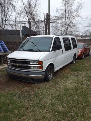 1997 Chevy express for Sale in Detroit, MI