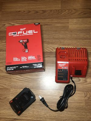"""Milwaukee M18 fuel 3/8"""" high torque impact wrench set for Sale in Odessa, TX"""