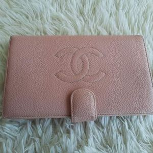 Prelove Chanel Cavia Wallet Guaranteed Authentic for Sale in Battle Ground, WA