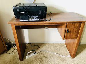 Office Desk + Printer 🖨 for Sale in Tampa, FL