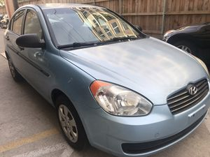 2009 Hyundai Accent. for Sale in Houston, TX