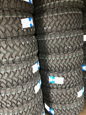 33 1250 18 MONKEY WHEELS AND TIRES for Sale in Phoenix, AZ