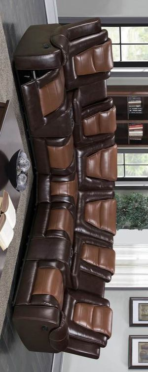 Jordan reclining sectional sofa for Sale in Houston, TX