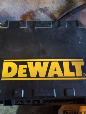 Dewalt cordless drill 14.4 volt for Sale in Deerfield, OH