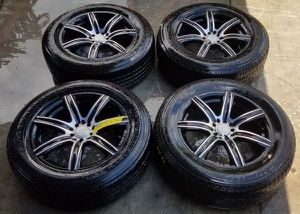 "MB MOTORING 18""INCH BLACK CHROME WHEELS RIM WITH TIRES SET for Sale in Fort Lauderdale, FL"