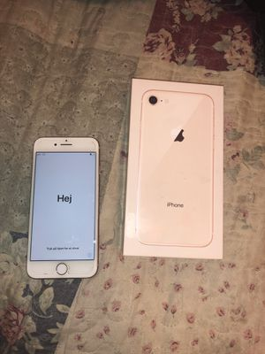 IPHONE 8 $550 negotiable UNLOCK for Sale in Chantilly, VA