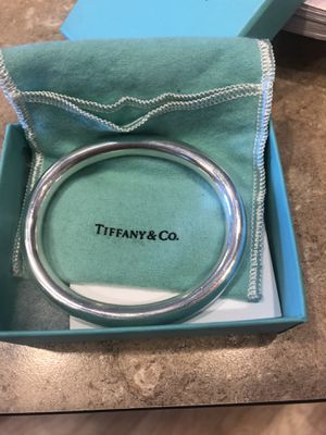 Authentic Tiffany & co bangle bracelet 7.5 inches for Sale in Aurora, CO