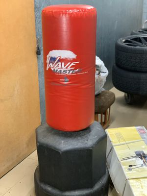 WAVE MATER ( durable) FOR KICK BOXING/ BOXING ( great for training) ,$65 pick up only Sherman oaks area for Sale in Los Angeles, CA