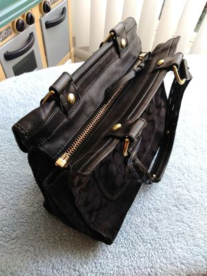 Winter Coach Womens Black Purse for Sale in Silver Spring, MD