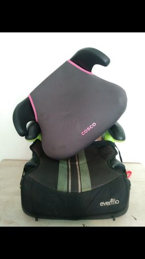 Two booster seats both for Sale in Spring Valley, CA