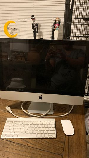 Apple desk computer for Sale in Mesquite, TX