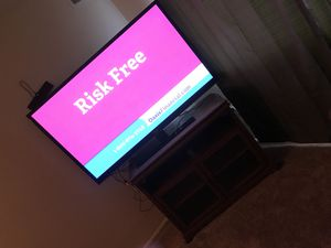 60 inch Flat swivel for Sale in District Heights, MD