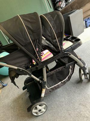 Gracco Double stroller for Sale in Irvine, CA