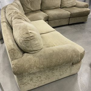 Couch Sectional for Sale in Cypress, CA