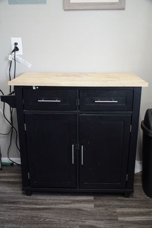 Kitchen island for Sale in Glen Burnie, MD