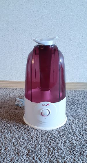 SAFETY 1st Ultrasonic 360 degree cool mist HUMIDIFIER for Sale in Beaverton, OR
