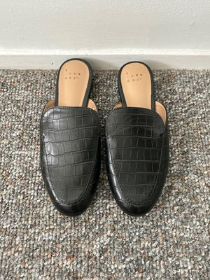 Target A New Day Black Slides, size 5.5 for Sale in Seal Beach, CA