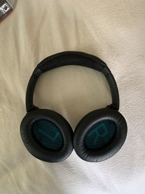Bose Noise Cancelling Over Ear headphones for Sale in Vallejo, CA