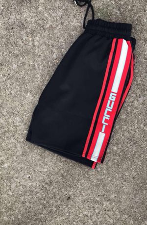 Black/Red Gucci Short for Sale in Gulfport, MS