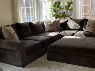 Sectional Couch for Sale in Escondido,  CA