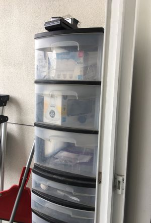3 units of plastic drawers for Sale in VAN NUYS, CA