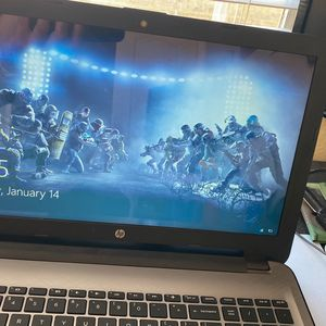 Hp Touch A green Laptop for Sale in Las Vegas, NV