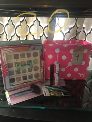 Makeup set for Sale in Mountain View, CA