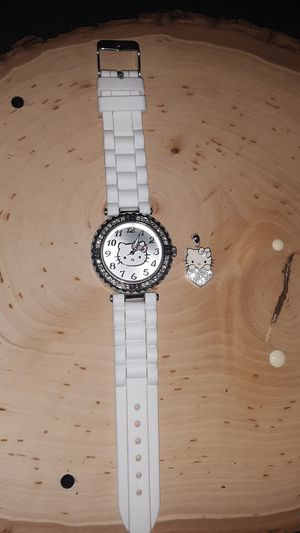 White hello kitty watch and pendant for Sale in Arlington, WA