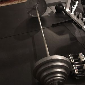 Olympic Bar with Weight (265lbs) for Sale in Snohomish, WA