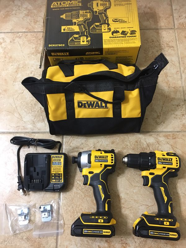 DEWALT ATOMIC 20-Volt MAX Lithium-Ion Brushless Cordless Compact Drill/Impact Combo Kit (2-Tool) 2 Batteries 1.3AH and Charger