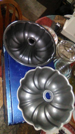 Bundt Pans for Sale in Moses Lake, WA