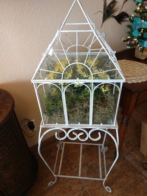 Beautiful Floral Bird Cage for Sale in PT CHARLOTTE, FL