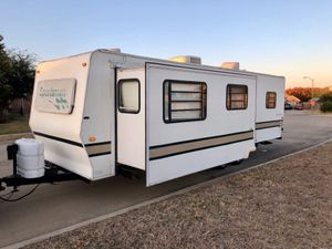 1999 Sportsmen Travel Trailer with super slide out 30 feet long for Sale in Watauga, TX