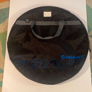 Giant Brand Bicycle Wheel Bag for Sale in Largo, FL
