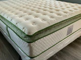 New Queen Elite Organic Superior Hybrid Gel Pillow Top MATTRESS And Boxspring for Sale in La Habra Heights,  CA