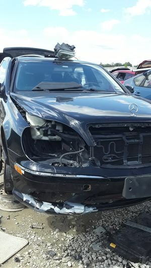 2003 Mercedes Benz S500 for parts for Sale in Houston, TX
