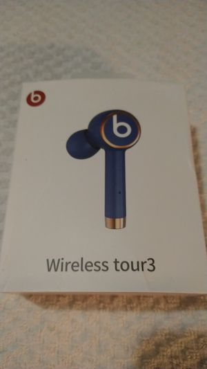 Beats by Dr Dre tour3 for Sale in Gaithersburg, MD